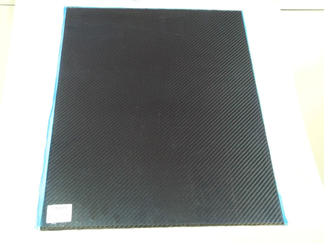 Isotropic Layup Carbon Fiber Plate / Sheeting , 400 * 500mm 1.5mm