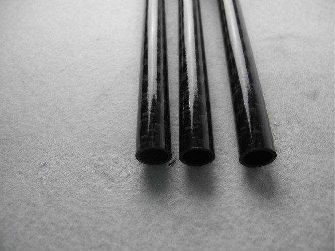 Round Twill Glossy Carbon Fiber Tube / Piping use in Telescopic Pole